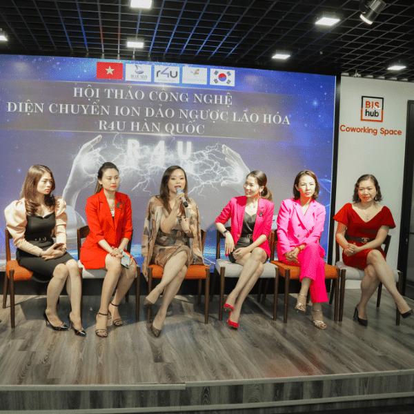 Những vị khách đã ứng dụng đầu tiên công nghệ R4U vào Spa tại Việt Nam